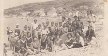 Clara: Unije around 1930