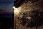 Kuća u noći (Gordan Topić Nia)